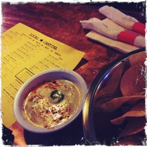 Local Cantina Queso Fundido