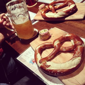 Wurst und Bier Pretzel