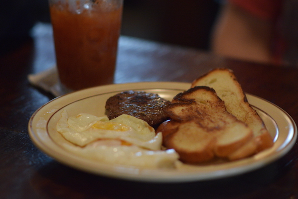 woodlands-tavern-challah-brunch